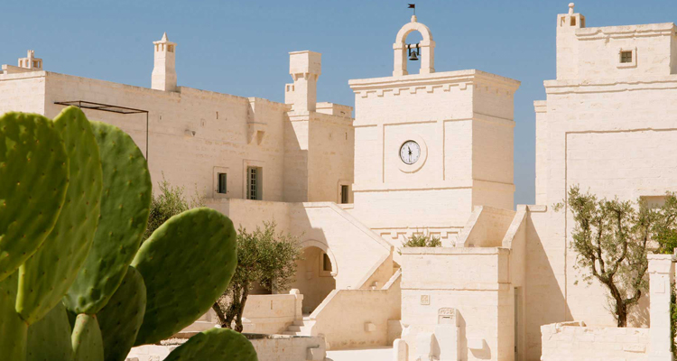 Whitewashed Piazza Borgo at the stunning Borgo Egnazia hotel