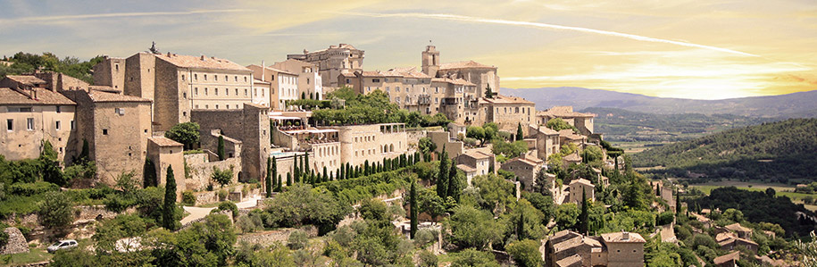 The picturesque town of Gordes, France