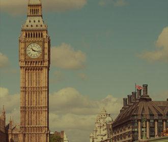 Visit Britain - Big Ben & Houses of Parliament